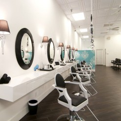 Just Blow Dry Stations Side